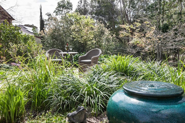 Willowbridge B&B - 'A touch of luxury' - Adelaide - Inny