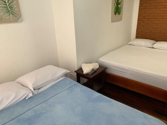 Only 10mins from SJO airport  Room #1