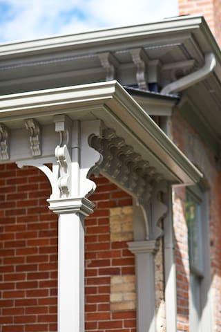 More private entrance porch detail