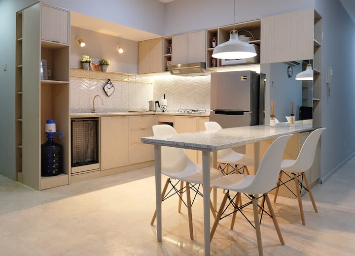 Newly Renovated Cozy 2BR Apartment at FX Sudirman