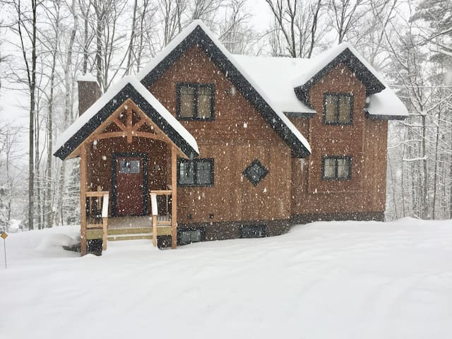 LOCATION! New luxury home on Okemo & shuttle route