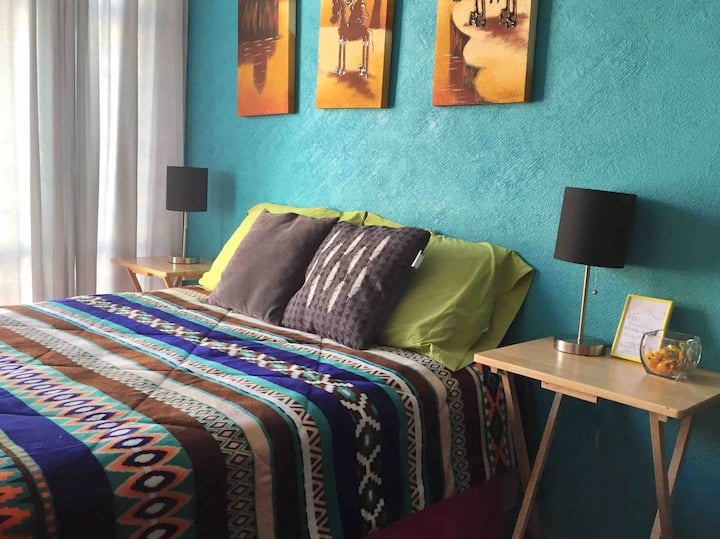 Room, Near the airport (15 min-T1) -2-