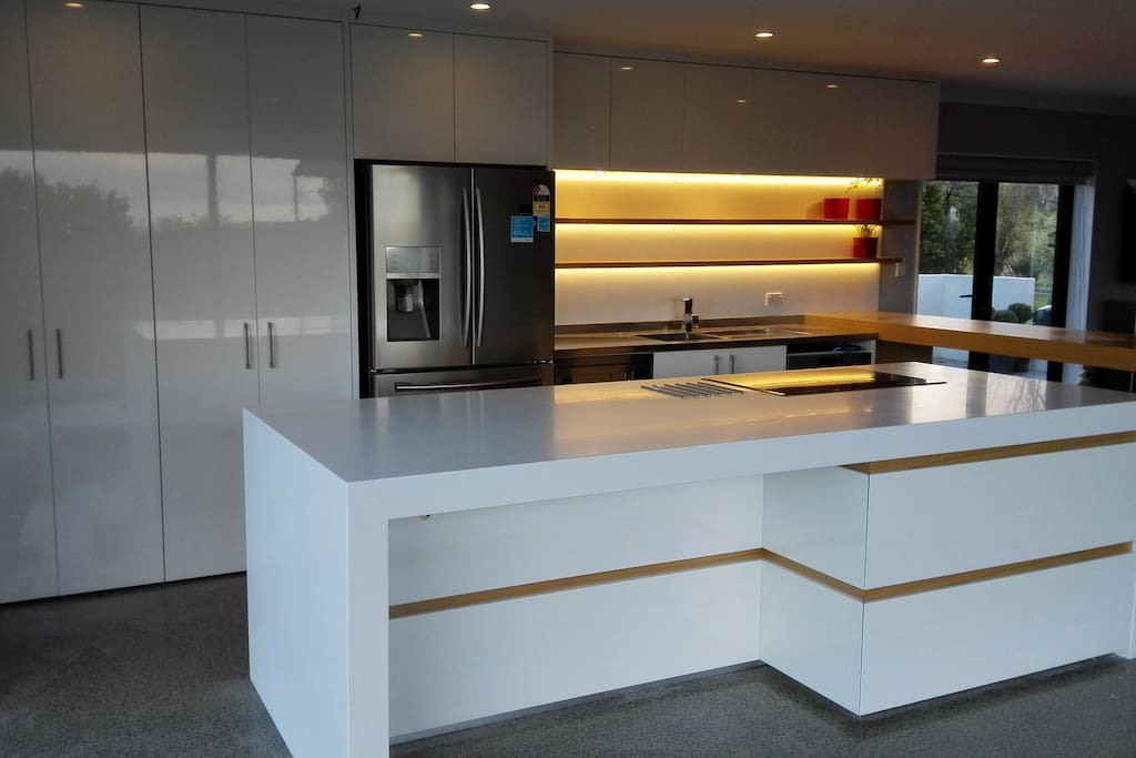Brand new luxury kitchen with SMEG and Bosch appliances