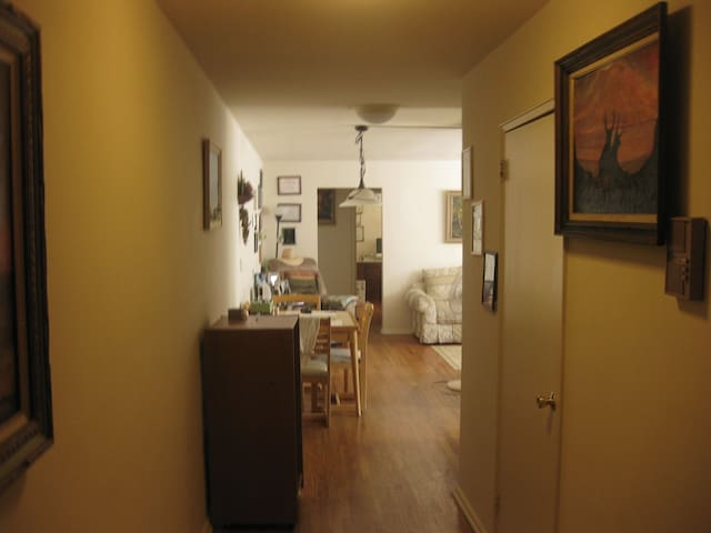 Sunny Room 30 minutes from NYC - Hasbrouck Heights - Wohnung