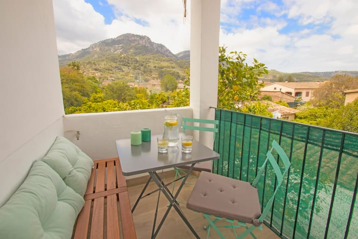 Sa Llimonera. Nice house in the centre of Soller