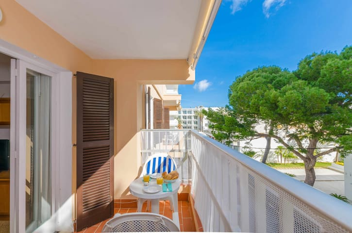 YourHouse Sirena - apartment at the sea