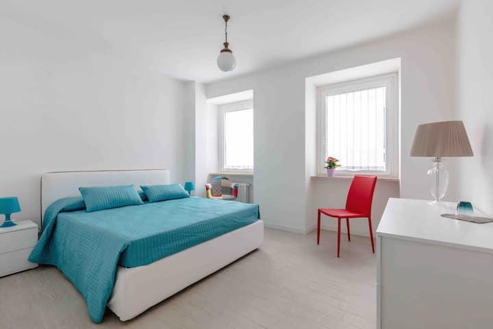 Residenza Matilde in centro fronte lago❤️ 6 letto