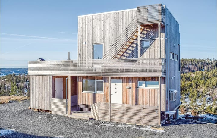 Holiday cottage with 4 bedrooms on 78m² in Søndeled