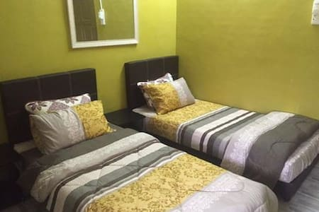 Luxurious room in private house - Alor Gajah - Casa