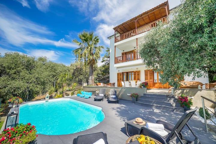 Luxury Villa Anna Unique SeaView