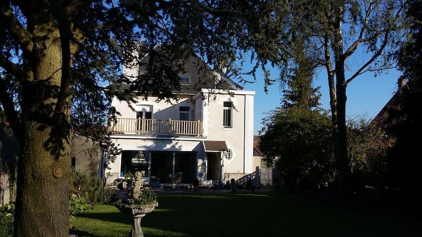 Grande maison de caractere en coeur de village - Givenchy-en-Gohelle - Other