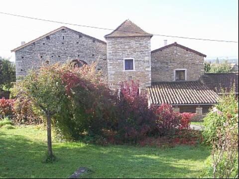 Proche TAIZE-Magnifique Maison