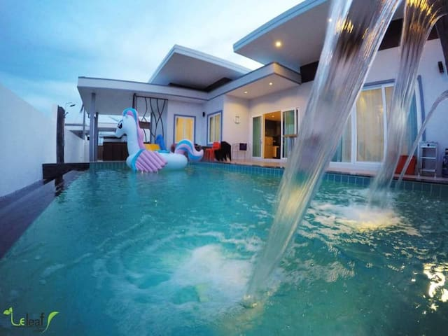 Le leaf valley pool villas Huahin