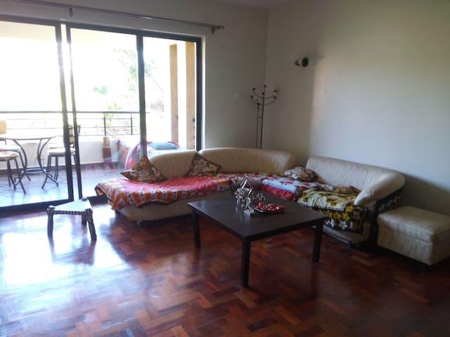 Karibu! Cozy private room near Yaya Centre. Book!