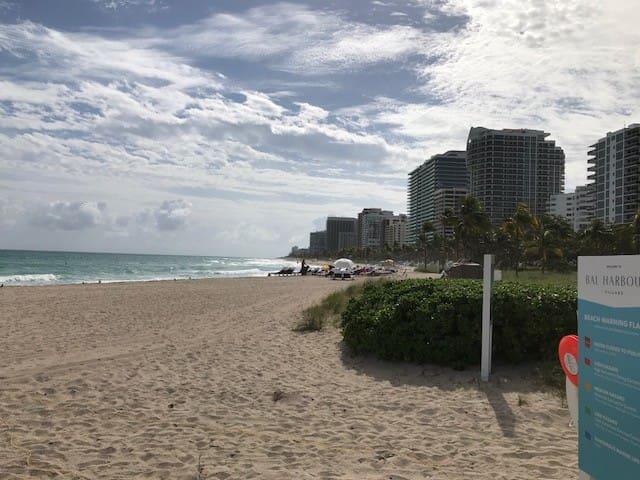 SPRING BREAK OFFER/BEST BEACH APARTMENT IN MIAMI