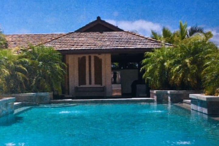 Luxury Mountaintop Retreat on Oahu's North Shore