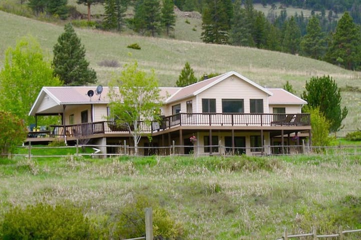 Whisper Ranch, an intimate, luxury ranch stay