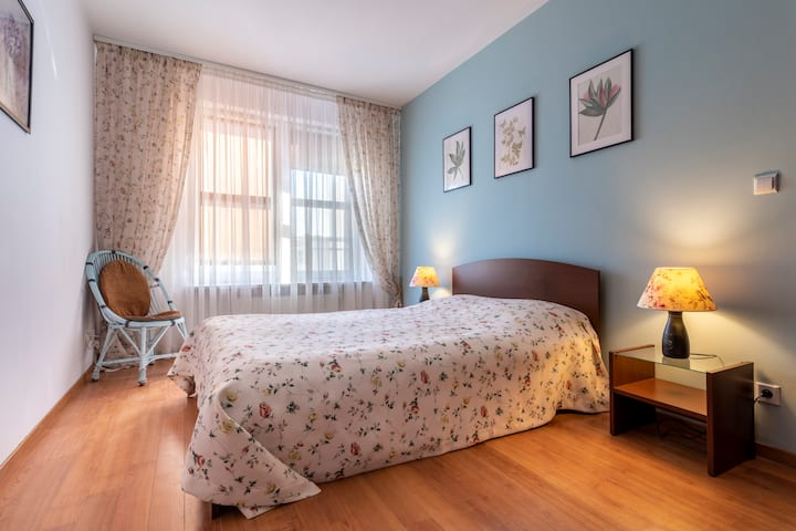 3 Beds New Apartment-60m2-WiFi-Subway-Airport
