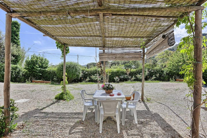 Holiday Apartment with Air Conditioning, Garden and Terrace; Parking Available; Pets Allowed