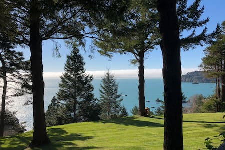 Windrose Cottage~Special Spot, Unplug For Tranquility, Romance & Ocean Views!