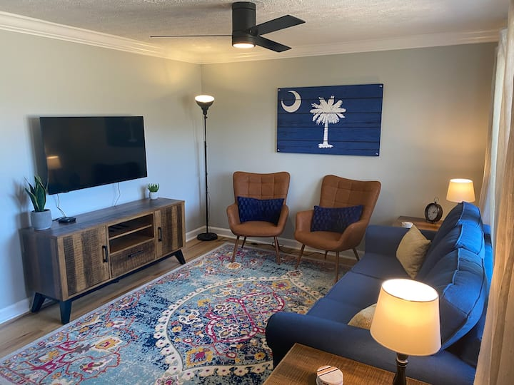 Stay Awhile Greenville Getaway - 3BR, quiet area