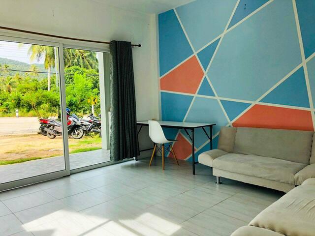 Living Apartment HinKong to Shritanu #4