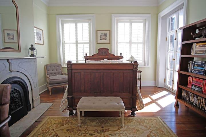 Bonus Bedroom with Full Bed