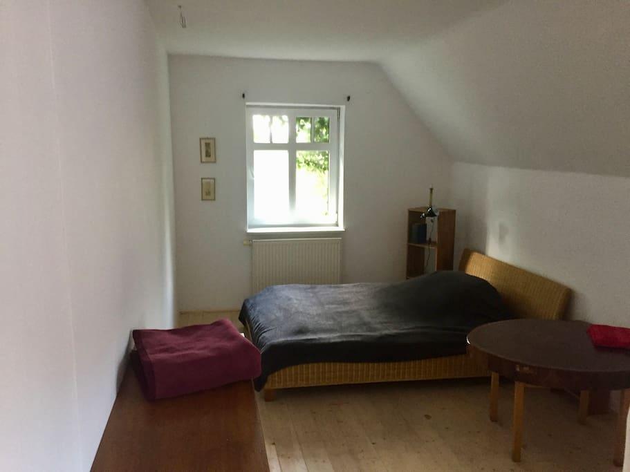 Dreibettzimmer (140x200 +100x200)