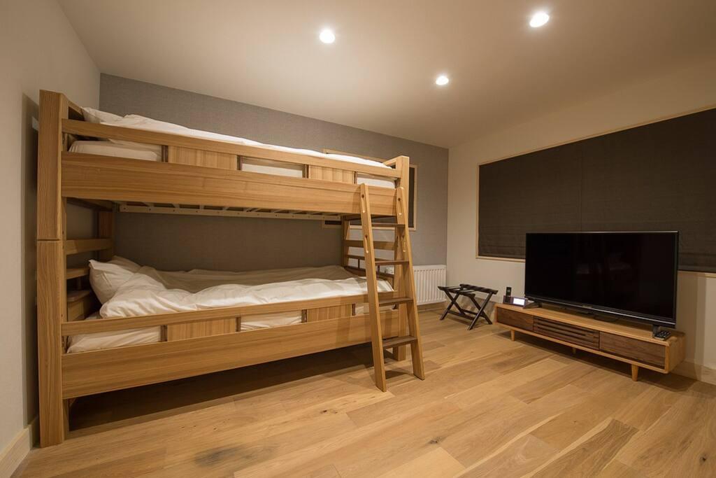 Bedroom 1 - bunk bed