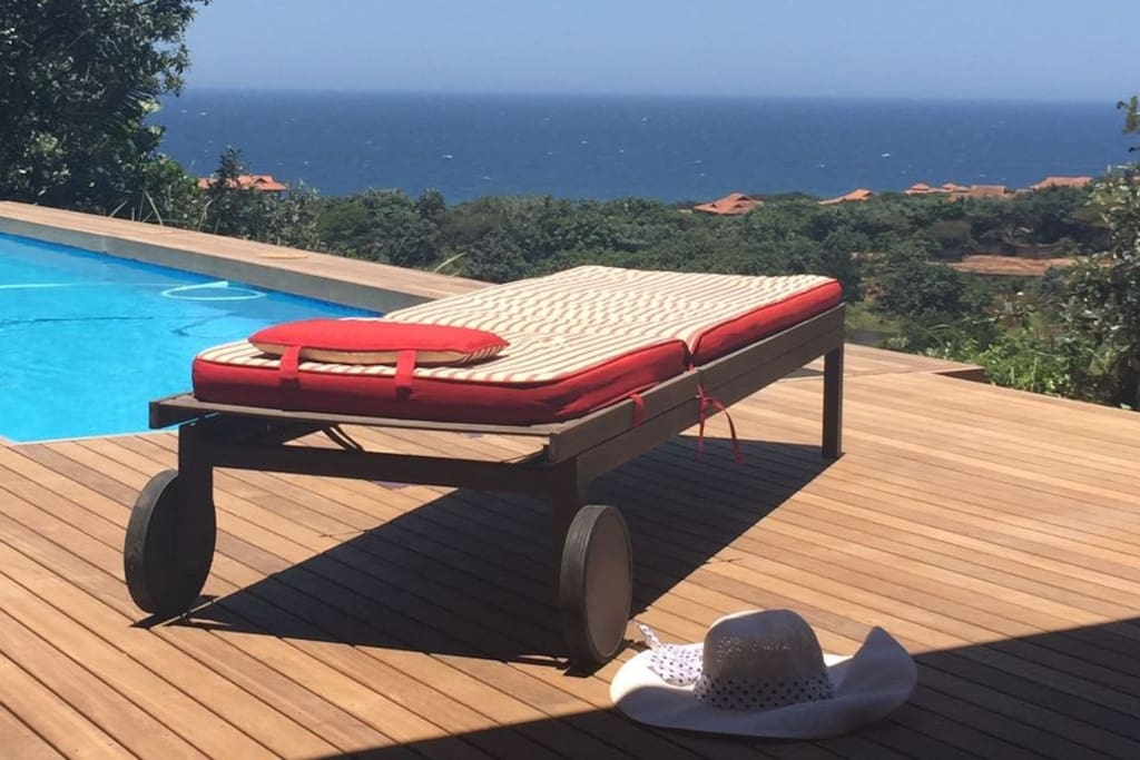 Loungers and sea view
