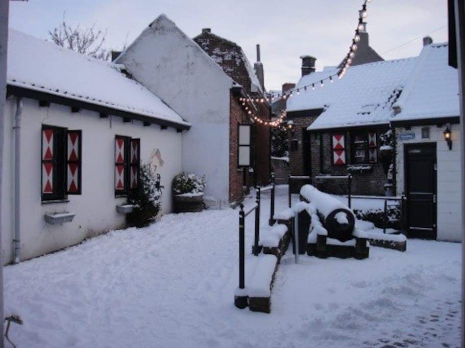 Huisje in de winter