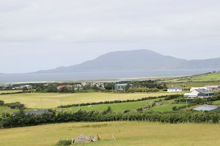 Hill Top View - Louisburgh - Mayo - Hus