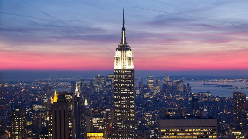 SPRING SPECIAL! HIGH FLOOR IN LUXURY HIGHRISE - New York - Lägenhet