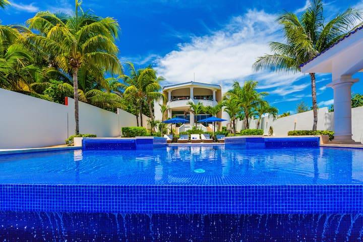 Casa de las Palmas - Main Villa