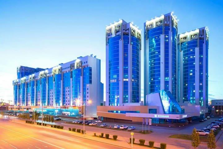 Чистая, уютная квартира в центре - Astana - Apartemen