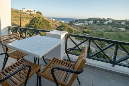 Seaview apartment , 5min to the beach
