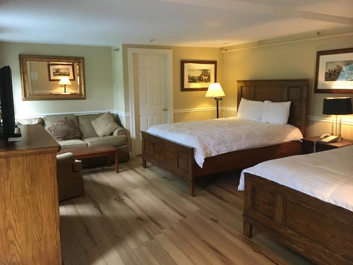 Stowe Superior Suite