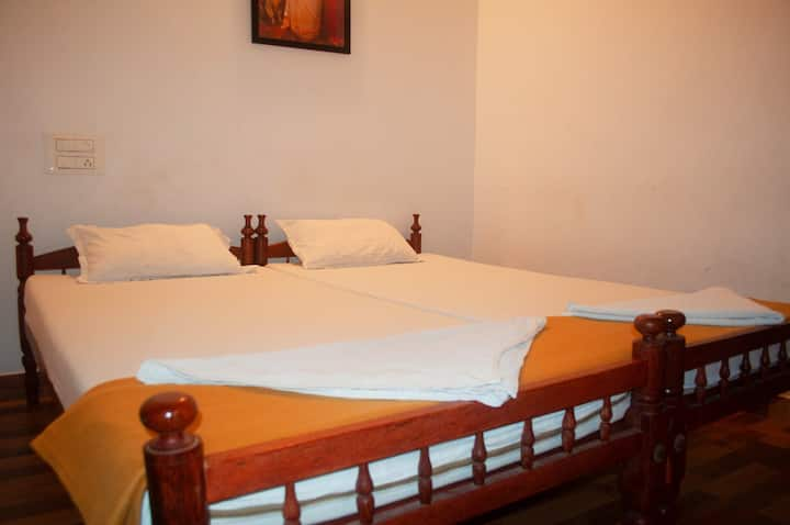 Standard Deluxe Double Room With A/c