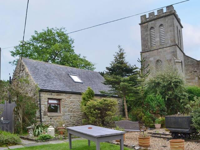 Honeysuckle Cottage (UK3250)