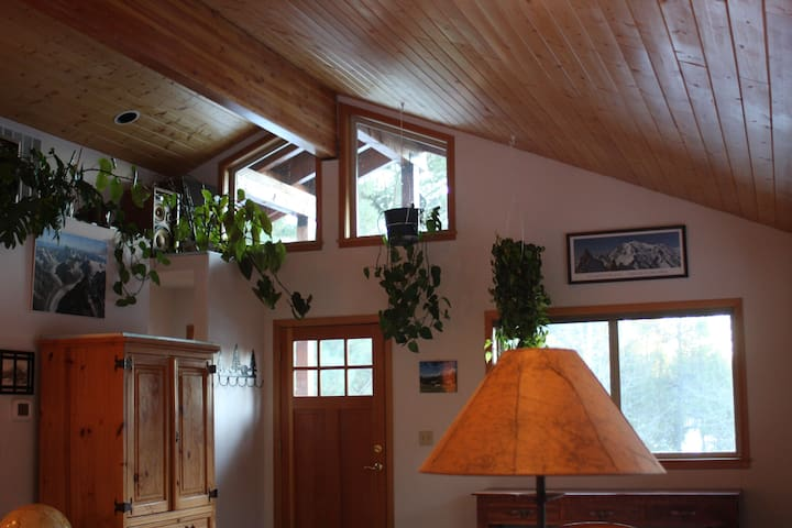 Stunning Studio in Sunriver/Spring River