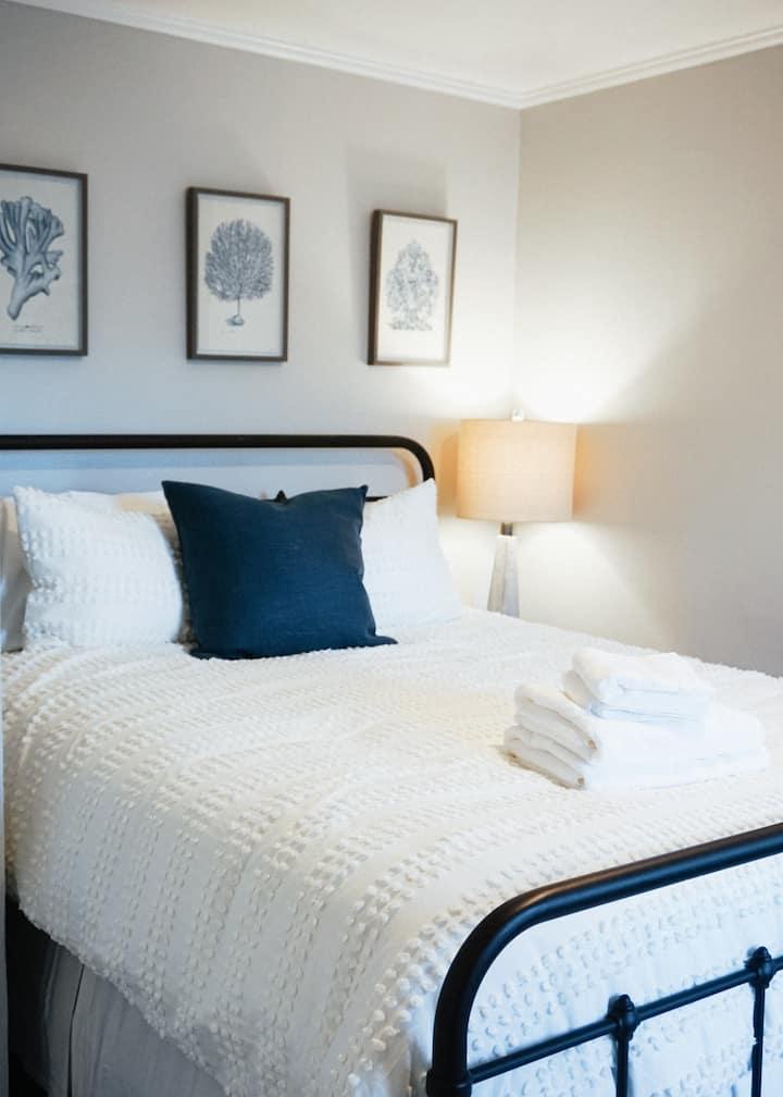 Spacious + Stylish Midtown Sacramento Apartment!