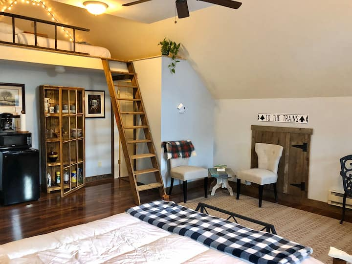 The Carriage House Loft