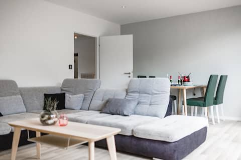 Exklusive 3-Zimmer-Haus & Garten, top saniert!