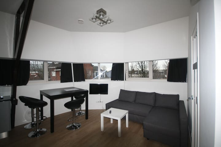 Modern&luxurious two bedroom apartment Utrecht