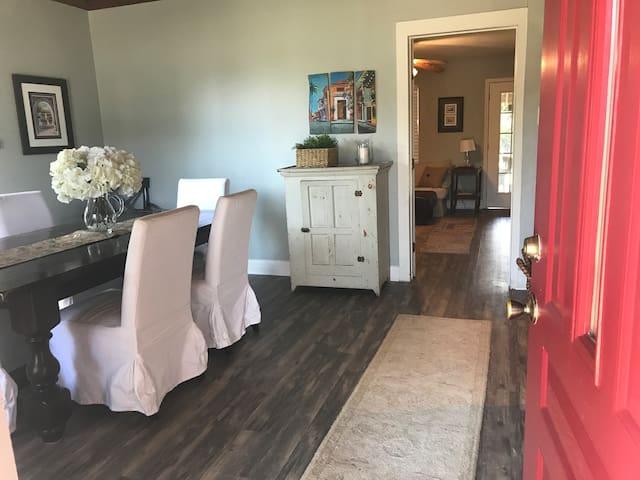 Long term rental Farm House in Texas Hill Country