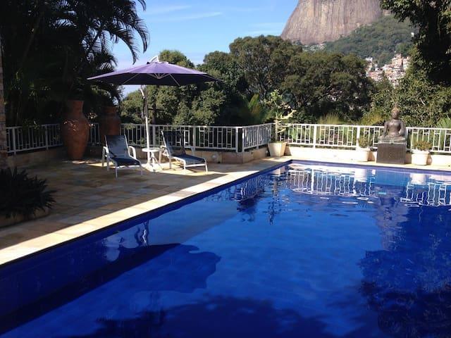 Olympics in Magnificent villa with pool 600² Magn - Rio de Janeiro - Villa