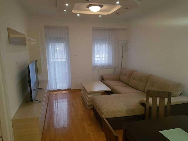 Apartment GARDEN - Banja Luka - Appartement