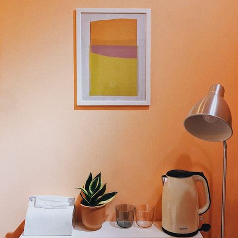 「Mini Orange 小橘子」静安寺旁靠华山医院温馨整套亭子间