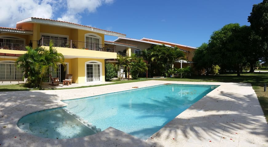 BEAUTIFULL APT IN GOLF COURSE, WITH SWIMMING POOL - Punta Cana - Pis