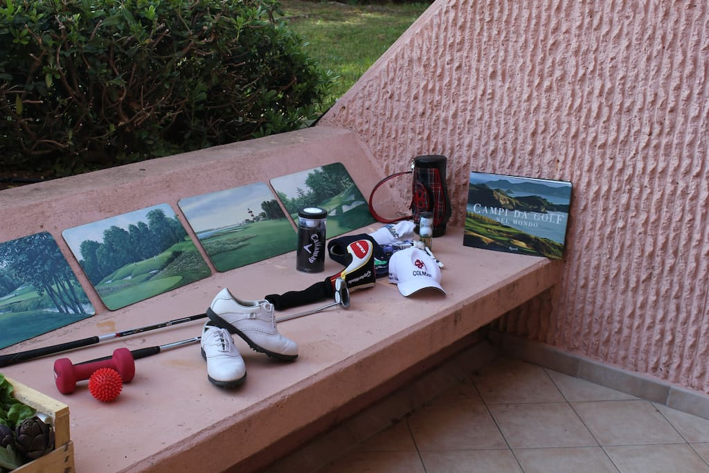 Fantastic PUNTA ALA GOLF CLUB: just nearby.The residence and the fanous Punta Ala green lawns.